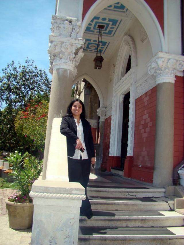 Ana Henríquez Orrego, en Castillo de Historia, PUCV.
