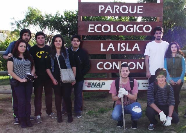 Estudiantes de Historia en Parque ecológico de Con Con