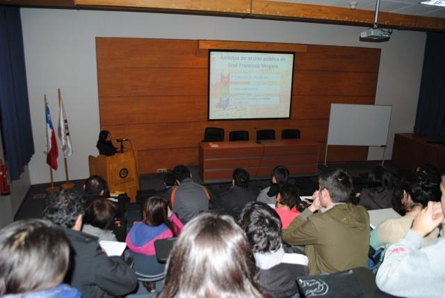 Ana Henríquez Orrego en U. San Sebastián